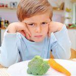 Слабительные продукты и диета при запорах у детей: 5 основных правил питания!